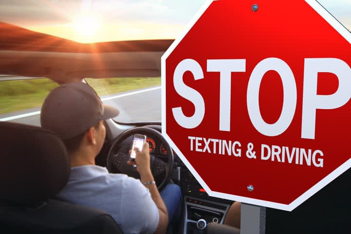 How to Avoid Texting While Driving
